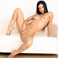 Adriana Sage : Free Nude Posing Pictures Gallery